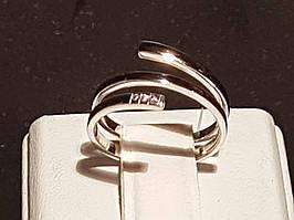 Серебряное кольцо с фианитами. Артикул 901-00958 15 13