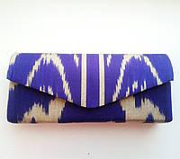 Сумочка-клатч с ярким орнаментом. Узбекистан