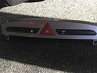 Выключатель аварийной сигнализации, кнопка ESP Peugeot 308