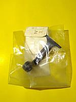 Ручка замка капота (хвостик) Mercedes w211 A2118870027 Mercedes