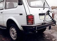 Кронштейн запасного колеса Нива с защитой стопов молотковый