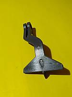 Ручка замка капота (хвостик) Mercedes w201 290202 Trucktec
