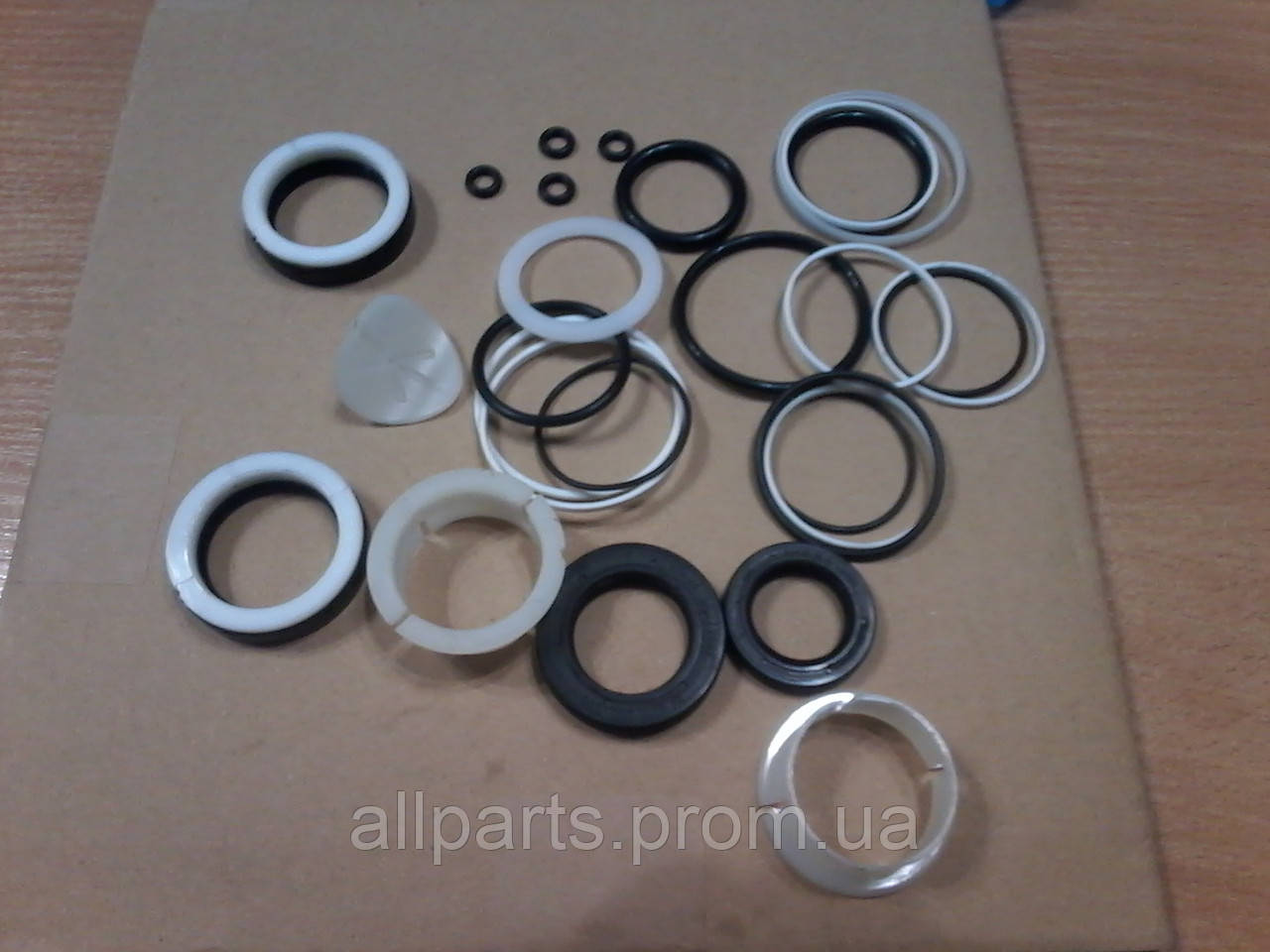 Ремкомплект рулевой рейки для устранения течи