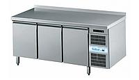 Холодильный стол (3 двери)