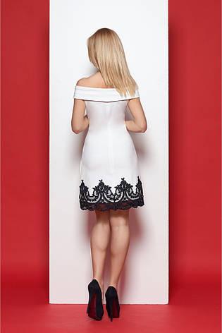 Короткое изумительно красивое элегантное женское платье, украшенное изысканным кружевом, фото 2