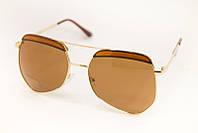 Солнцезащитные очки необычной формы