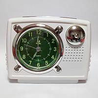 Настольные часы-будильник со светонакопительным циферблатом и подсветкой (звонок +мелодия).