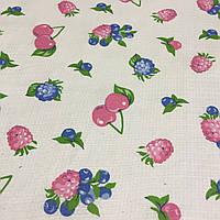Вафельная ткань с ягодами: малина, вишня, ежевика, черника, ширина 40 см