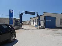 Продам. Складские помещения до 9000 м.кв.., хороший подъезд, сухие, охраняемая территория. Камышовое шоссе 15