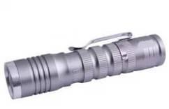 Фонарик ручной простой ,от 1 пальчиковой батарейки