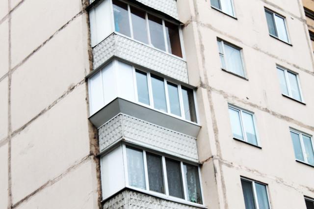Ремонт балкона в типовых панельных многоэтажных домах.