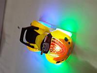 Машинка светяшка