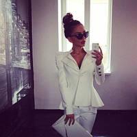 Короткий пиджак Шанель