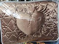 Красивое атласное покрывало подушками, фото 1