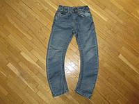 Джинсы BLUE INC, на 9-10 лет, в поясе 30-36 см, в хорошем сост.