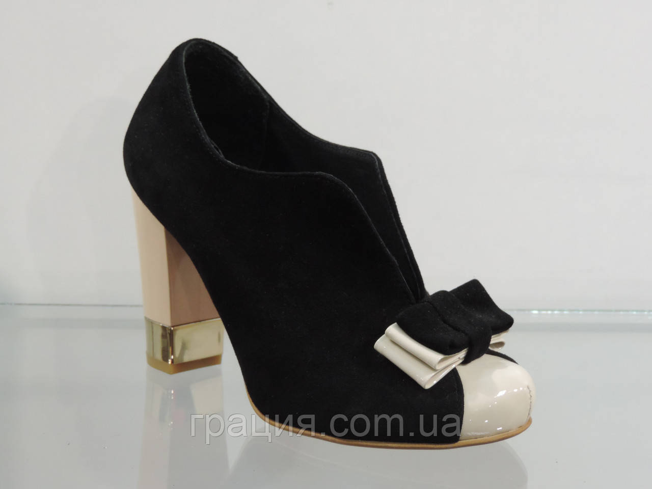 Туфли женские замшевые закрытые на каблуке 40