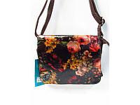 Красивая сумочка-клатч с цветочным принтом