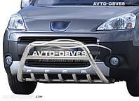 Защитный обвес переднего бампера на Peugeot Partner Tepee 2008 - 2015