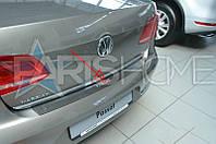 Накладка на задний бампер VW Passat B7 Седан