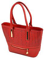 Красная сумка классическая в дырочку
