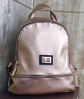 Женский рюкзак I love Moschino кож. золотистый