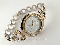 Изысканные  женские часы Q@Q  цвет платина с золотом