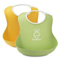 Набор мягких нагрудников Soft Bib из 2-х штук ТМ BabyBjorn (зеленый/желтый) 46203