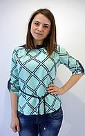 Легкая офисная блуза мятного цвета