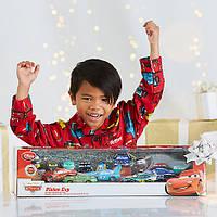 Подарочный набор железных машинок Тачки Макквин Дисней Делюкс / Lightning McQueen Deluxe Gift Set Disney
