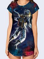 """Креативная женская туника """"Человек в космосе"""" с ярким 3D рисунком из легкой дышащей ткани для лета."""