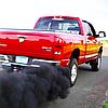 Черный дым из выхлопной трубы – причины, последствия и способы устранения