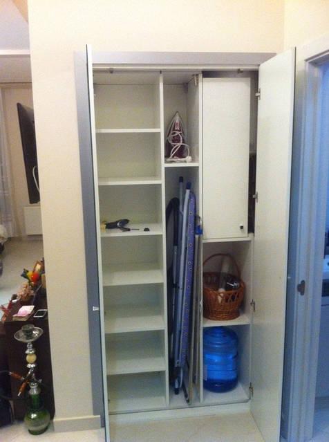 Шкаф в нишу 67