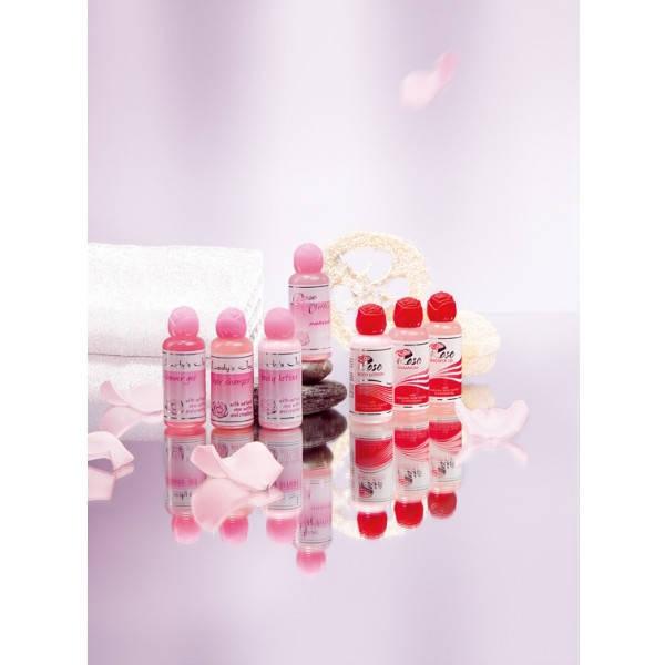 Дорожный вариант косметики Болгарская Роза Карлово. Душ-гель, шампунь, лосьон для тела, розовая вода.