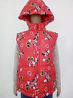 Безрукавка для дівчинки на синтепоні з капюшоном Міні