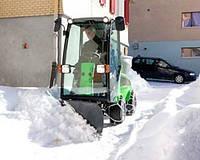 Снегоуборщик с бульдозерным отвалом Nilfisk-Egholm City Ranger 2250 Dozer Blade
