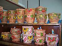 Горщики під квіти в українському стилі з підставками