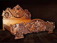 Дизайнерская кровать из дерева.