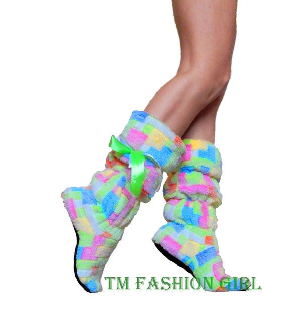 Пушистые, комфортные домашние сапожки согреют ваши ножки - Booms.com.ua - обувь, одежда, парфюмерия по доступным ценам. в Киеве