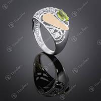 Серебряное кольцо с хризолитом и цирконами. Артикул П-421
