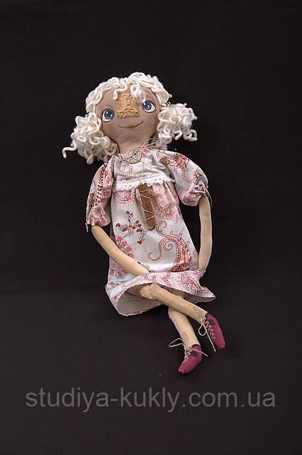 """Внимание! 17.12.2011г. в 13.00 и 18.12.2011г. в 11.00 Студия куклы проводит  мастер-класс по текстильной кукле. Тема:""""Чердачная кукла»"""