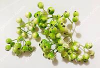 Ягоды зелёный с белым пучок 9 ягод
