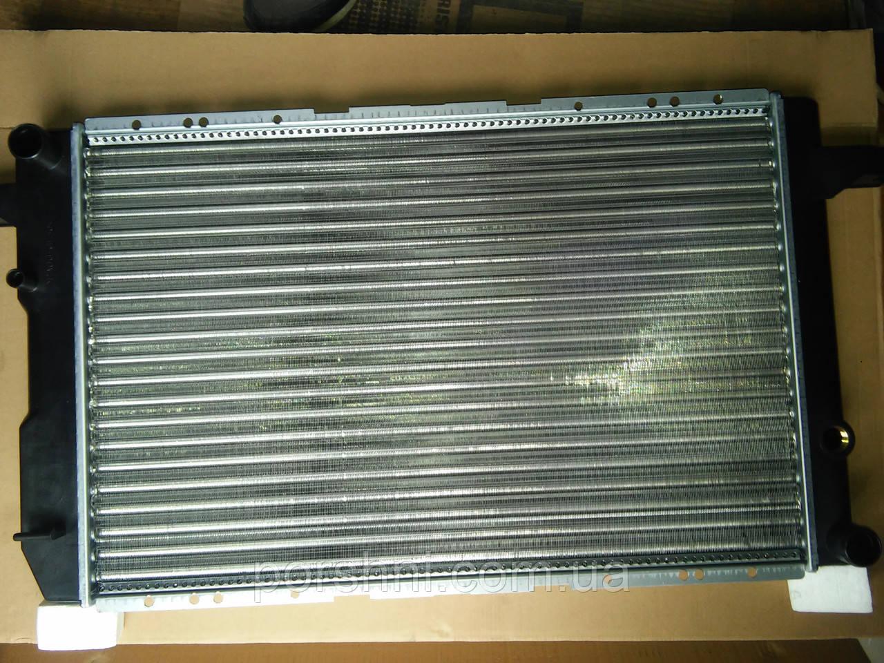 Радиатор Ford  Sierra   1,6 - 2,0 ОНС  87 - 93 г.    1652510