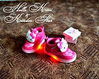 Светящиеся кроссовки Хелоу Китти Лед подошва
