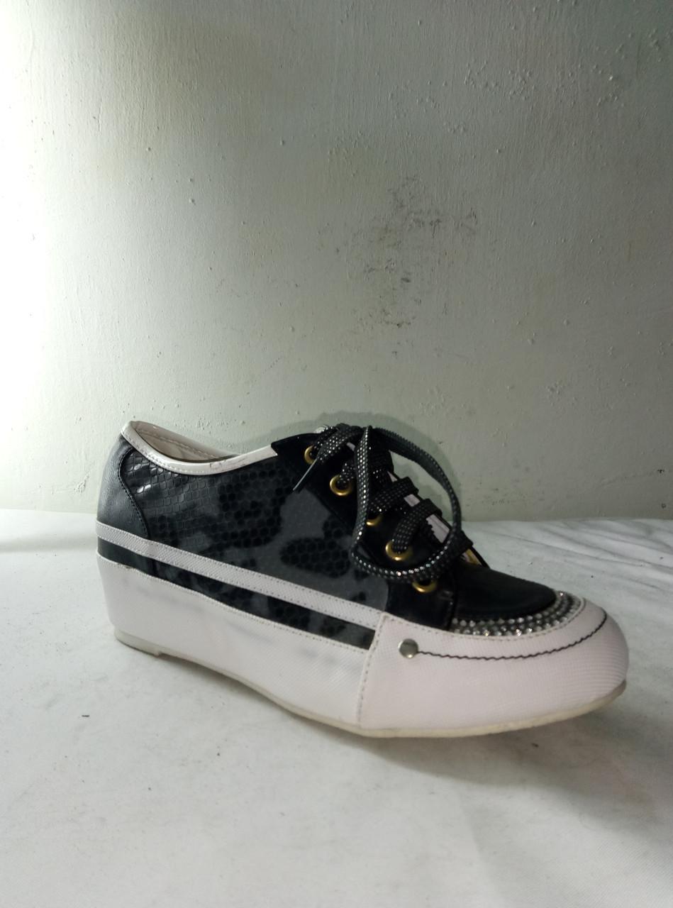 Туфли женские FUGU