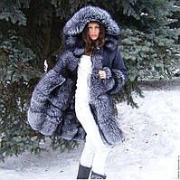Зимняя парка с мехом чернобурки