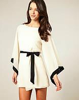 Платье с свободным  рукавом в повседневном стиле