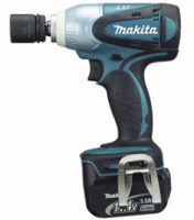Makita Аккумуляторный ударный гайковерт Makita BTW250RFE