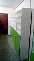 Аптека 35 м. кв Кировоград. На данных фото показан вариант мебели для аптеки закрытого типа с аптечными витринами, кассовым местом для аптеки и стеллажами с выдвижными ящиками и распашными дверками. В витринах стеклянные полки съемные толщиной 6мм.