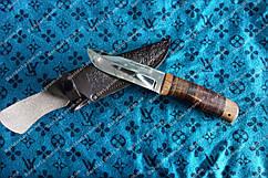 Охотничий нож  ,отлично сидит в руке сталь 440с