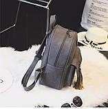 Рюкзак женский матовый с кисточками и карманом (серый), фото 3